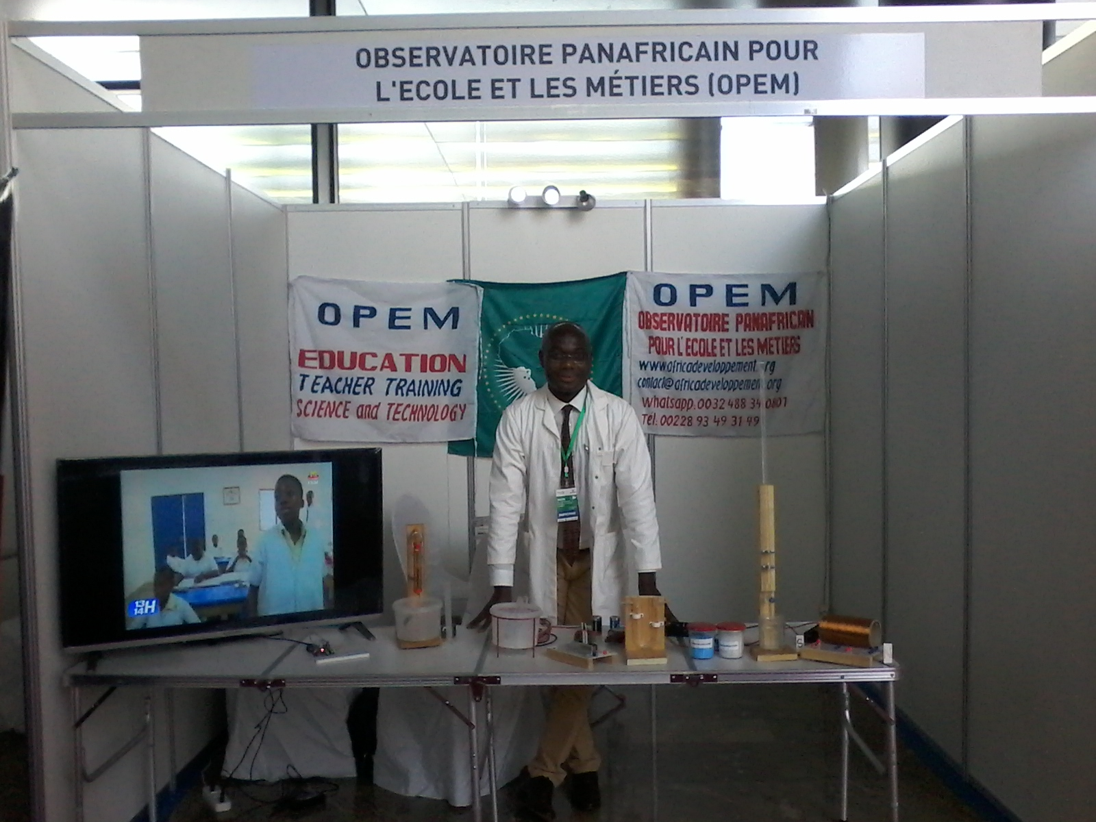https://www.africadeveloppement.org/wp-content/uploads/2018/10/OPEM_STAND.jpg